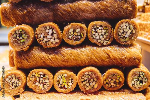 Staande foto Dessert Traditional turkish dessert - kadayif