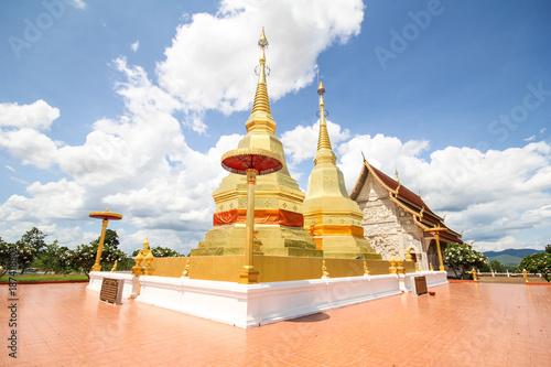 Foto op Plexiglas Bedehuis Phra maha chin thar jao montol sala temple, Lamphun Thailand