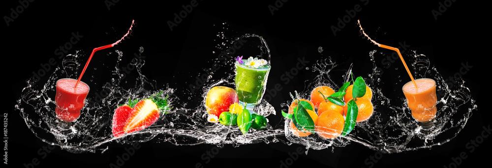 Fototapety, obrazy: Frischer Mix aus Smoothies und Früchten, Wasserspritzer, Banner