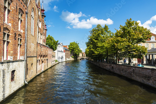 Tuinposter Kanaal Old houses along of a canal in Bruges, Belgium