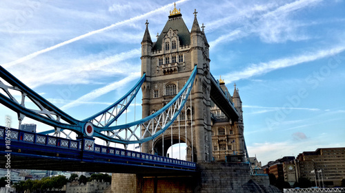 Foto op Canvas Londen London Tower bridge blue sky