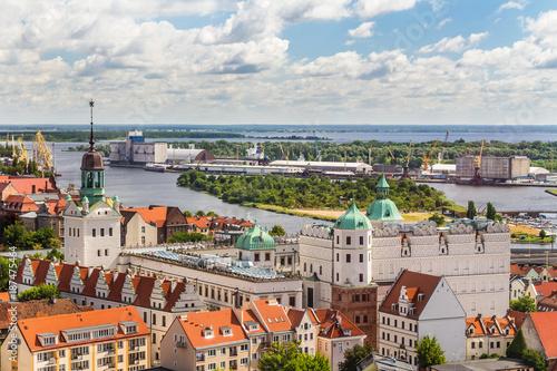 Obraz Szczecin z lotu ptaka. Krajobraz starego miasta z Zamkiem Książąt Pomorskich - fototapety do salonu