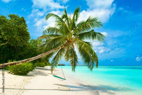 Obraz Malediwy, rajska plaża - fototapety do salonu