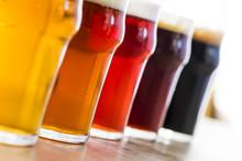 Colección De Cervezas Con Dif...