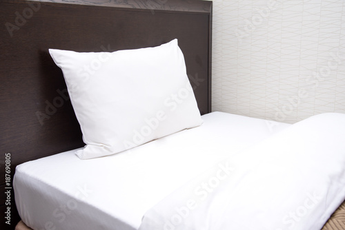 Fotografía  白い枕のベット
