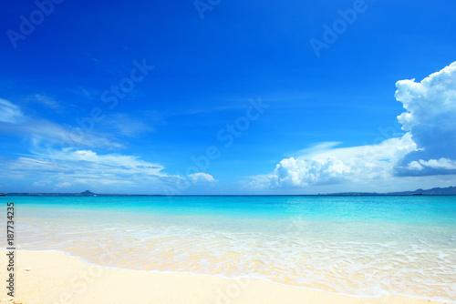 沖縄の美しいビーチ