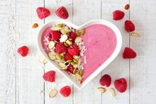 Healthy Raspberry Smoothie In ...
