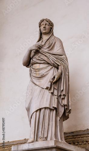 Fotografía Sculpture of Sabine woman