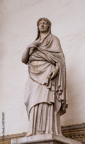 Sculpture of Sabine woman Canvas Print