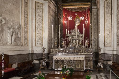 Tuinposter Imagination Kathetrale von Palermo silber Altar in Sizilien