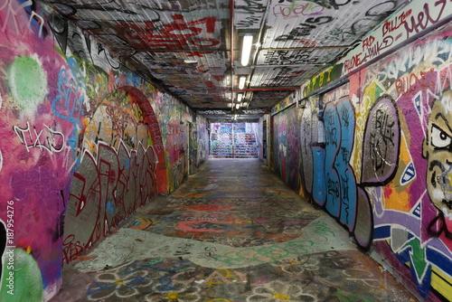 Poster Graffiti Graffiti tunnels