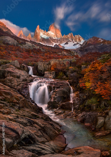 Valokuva  Autumn in Fitzroy mountain, Beautiful waterfall, Southern Patagonia, on the border between Argentina and Chile