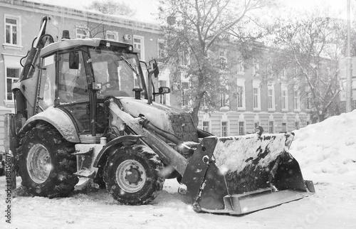 Fototapety, obrazy: snow machine with a bucket outdoor street city