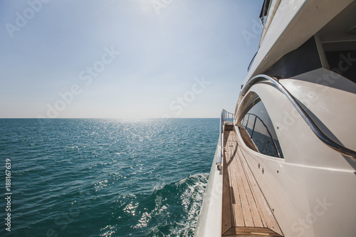 Carta da parati luxurious yacht motorboat in the sea, luxury private boat cruise