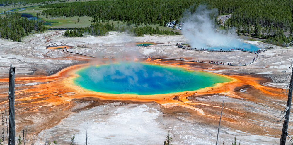 Fotografia Panorama of Grand Prismatic Spring in Yellowstone national park, Wyoming