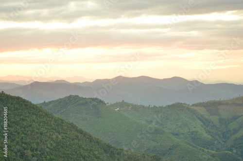 Foto op Plexiglas Khaki Sky and mountain views Sunset with golden sky Sun rise In the morning at the top of the hill. Mountain with sky and beautiful clouds in bright days.