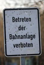 Bahn - Betreten Der Bahnanlage...
