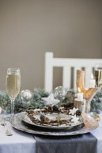 Holiday Celebration Table Sett...