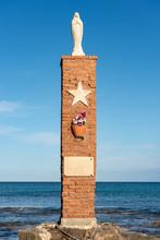 Monument Victims Of Shipwreck - Portopalo Italy