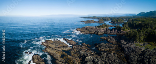 Poster Cote Aerial panoramic view of the beautiful Pacific Ocean Coast during a vibrant sunny summer day. Taken near Tofino, Vancouver Island, British Columbia, Canada.
