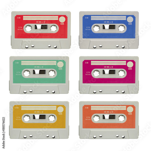 kasety-z-lat-80-roznokolorowe