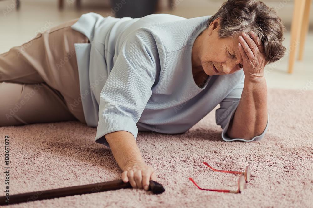 Fototapety, obrazy: Sick senior woman with headache