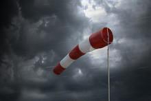 Windsack Und Sturmwarnung