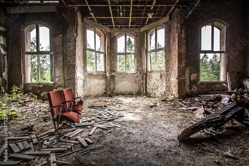 Aluminium Prints Old abandoned buildings Heilstätte - Lost Place