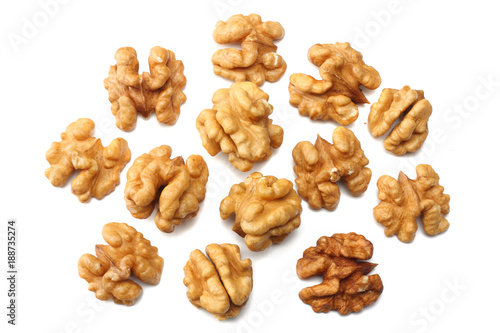 Fotomural  Walnuts isolated on white background top view