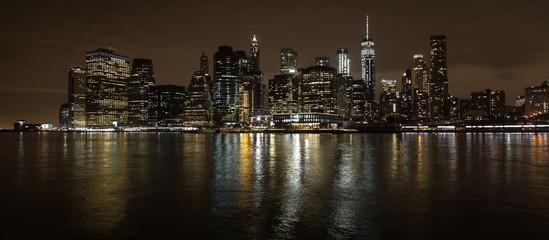 New York City Skyline bei Nacht