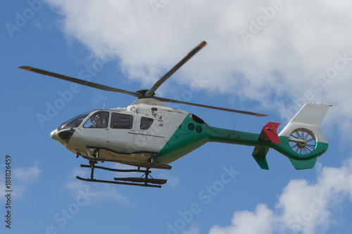 Türaufkleber Hubschrauber Helikopter über Deutschland - Die Überwachung ist gesichert