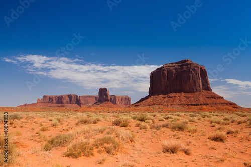 Fotografia  Monument Valley in the Navajo Tribal Park, USA