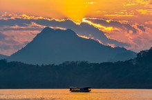 Sunset On The Mekong River In ...