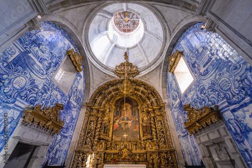 Interior of Church of Misericordia in Viana do Castelo city, Portugal Canvas-taulu