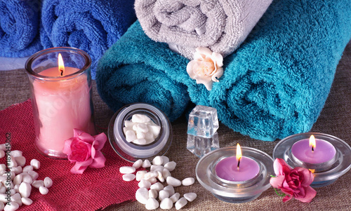 Spoed Foto op Canvas Spa Spa and wellness settings concept with candles and towels