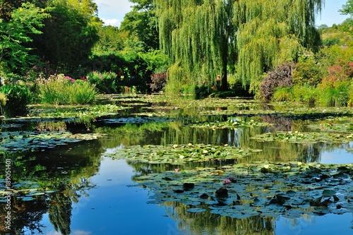 Foto  Giardini di casa Monet a Giverny, Normandia
