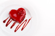 Heart Shaped Red Velvet Cake D...