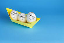 Funny Eggs With Drawn Faces Fl...