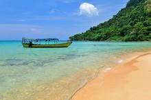 Cambodia, Koh Rong Samloem Isl...