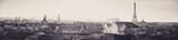 Panoramiczny widok na Paryż widziany z dachów o zachodzie słońca - 189182606