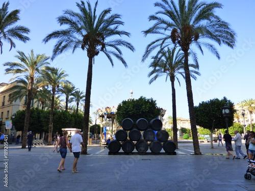 Jerez de la Frontera o Jerez, ciudad de Andalucía al sur de España reconocida mundialmente por musica flamenca y la calidad de sus vinos
