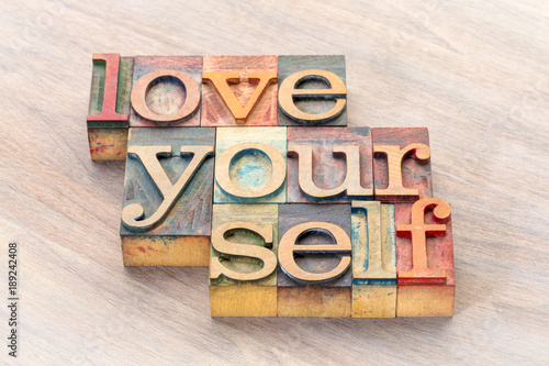 Cuadros en Lienzo love yourself word abstract in wood type