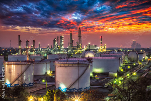 Photo Stands Las Vegas Oil and gas industry - refinery at sunset - factory - petrochemical plant