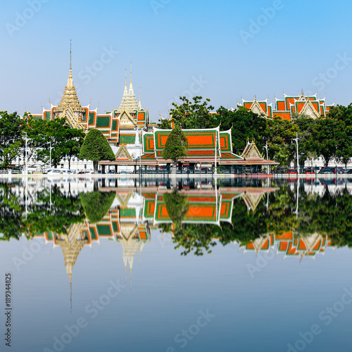 Photo  Wat Phra Kaeo, Temple of the Emerald Buddha and the home of the Thai King