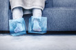 Leinwandbild Motiv Eiskalte Füße