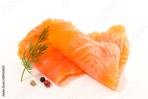 smoked salmon slices and dill Fototapete