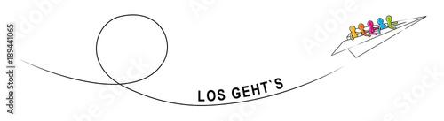 Fotografia  LOS GEHT'S! – Eine Gruppe Strichmännchen fliegt im Papierflieger aufwärts
