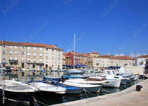 Plakat port starego miasta Cres, wyspa Cres, Chorwacja