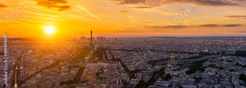 Keuken foto achterwand Parijs Skyline of Paris with Eiffel Tower in Paris, France. Panoramic sunset view of Paris
