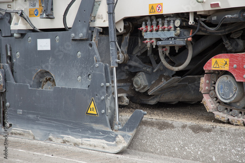 asphalt, asphalt, road construction, sand, gravel, sieving
